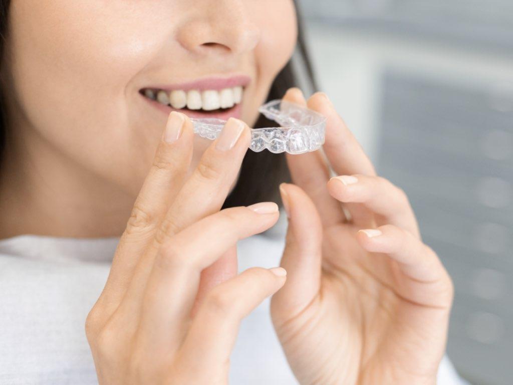 dentist in ofallon clear braces